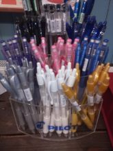 Massor av pennor